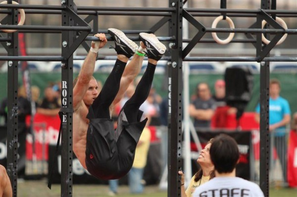 Como hacer toes to bar en crossfit