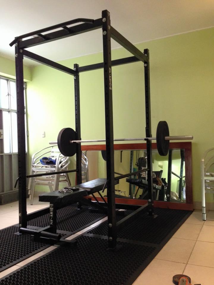 Gimnasio en casa recomendaciones lima per - Casa con gimnasio ...